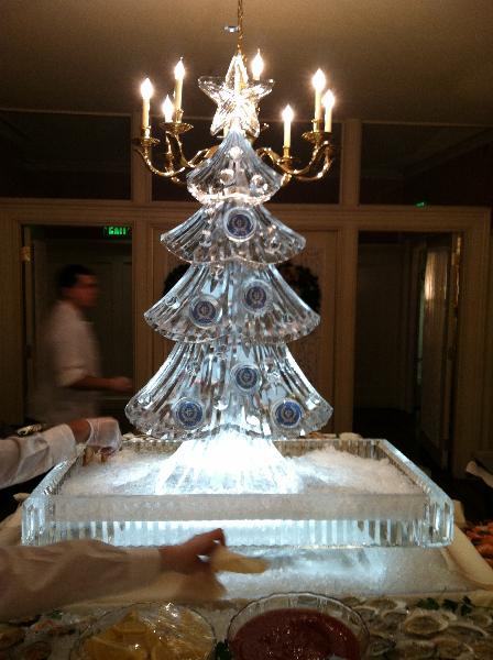 Christmas Tree Raw Bar