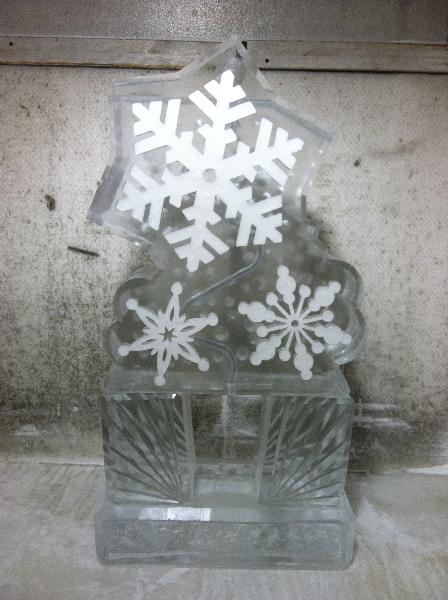 Snowflake Tube Luge