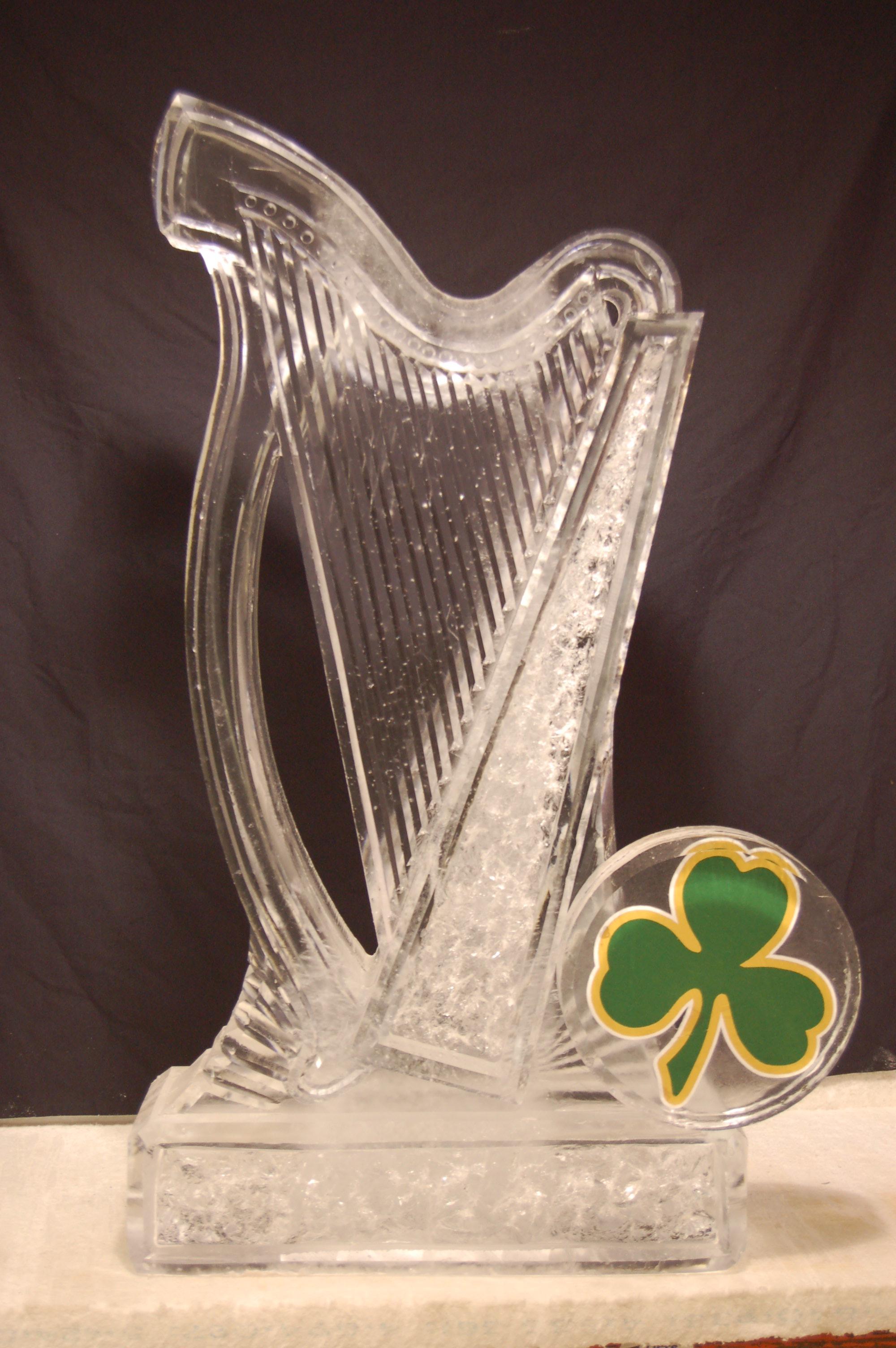 Irish Harp with Shamrock